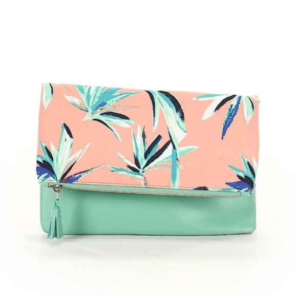 Rachel Pally Handbags - 🍩 Rachel Pally Mint Tropical  Print Clutch